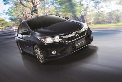 Thị trường ô tô giáp Tết: Toyota, Mazda, Honda đều lâm vào cảnh 'cháy hàng'