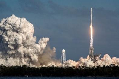 Tên lửa đẩy mạnh nhất thế giới có thể quay quanh Mặt trời trong tương lai