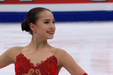 Nữ VĐV 15 tuổi đẹp tựa thiên thần, tỏa sáng rực rỡ trên sân băng Olympic