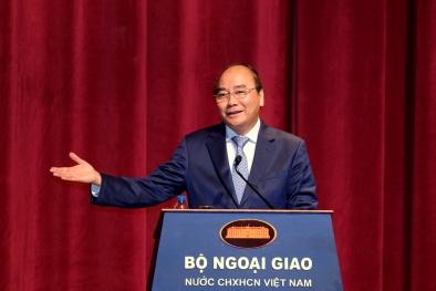 Thủ tướng thăm Bộ Ngoại giao và chỉ đạo công tác đối ngoại năm 2018