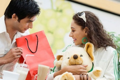 Quốc tế phụ nữ 8/3: Kỹ năng 'hâm nóng tình yêu' cho các cặp vợ chồng