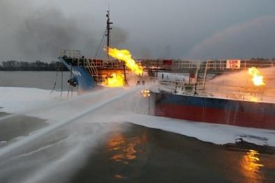 Thông tin mới nhất vụ cháy tàu chở dầu 2000 tấn ở cảng Đình Vũ