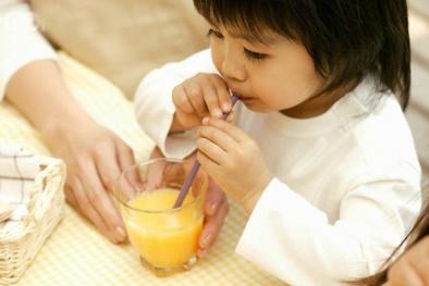 Thói quen uống nước cam tưởng chừng đơn giản nhưng vô cùng nguy hiểm