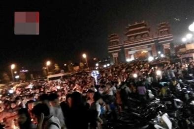 Lễ hội Hoa đăng Tây Thiên 'thất thủ' vì dòng người đổ về quá đông