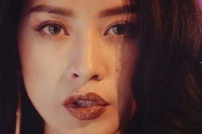 Chuyên gia bày các makeup 'chuẩn không cần chỉnh' theo trào lưu son môi lấp lánh