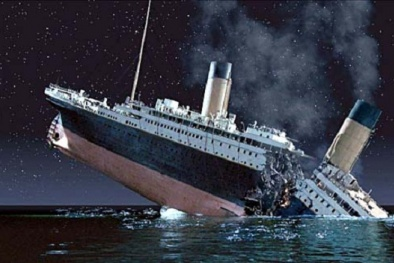 Người ngoài hành tinh là 'thủ phạm' khiến tàu Titanic chìm?