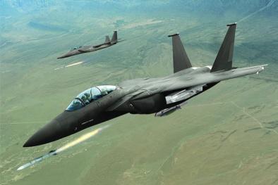 Vũ khí 'Đại bàng tàng hình' của Mỹ khiến chiến đấu cơ Nga lép vế