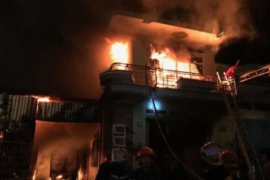 Lại cháy: Một kho hàng điện máy ở Ninh Thuận bốc cháy khiến nhiều tài sản bị thiêu rụi