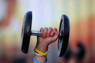 Tăng lượng cơ bắp trên cơ thể giúp phụ nữ ung thư vú sống sót lâu hơn