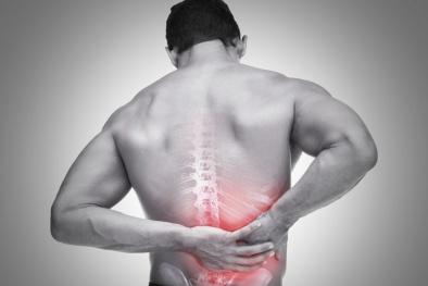 Đừng coi thường đau lưng vì có thể là biểu hiện của căn bệnh nan y này