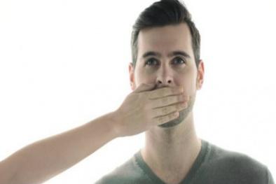 10 mẹo trị nấc cụt siêu hiệu quả ai cũng cần biết
