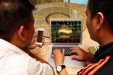 Cấm các tổ chức tín dụng giao dịch tiền ảo cho khách hàng