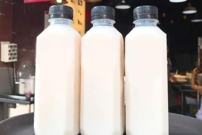 Người dân vẫn 'liều mạng' mua sữa đậu nành không rõ nguồn gốc