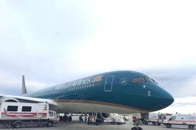 Máy bay đáp nhầm đường băng: Đình chỉ tổ lái, kíp trực ở Cảng Cam Ranh