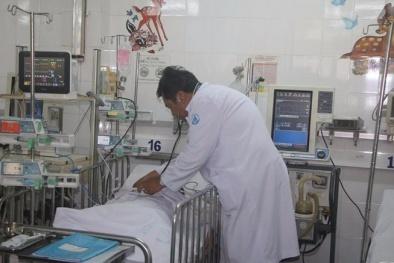 Hy hữu: 2 bé ngộ độc thuốc do chơi trò bác sĩ – bệnh nhân