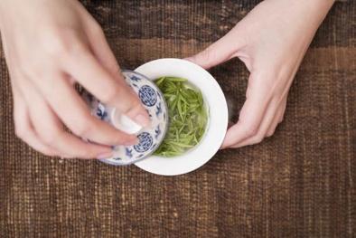 Trà truyền thống Trung Quốc có thể gia tăng nguy cơ đau tim dẫn đến tử vong