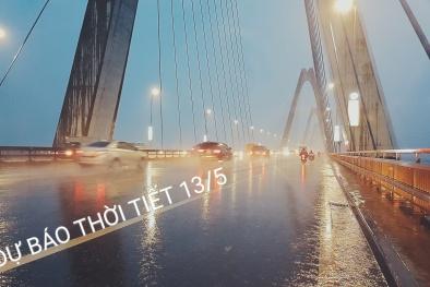Dự báo thời tiết hôm nay 13/5: Hà Nội trưa chiều oi bức, mưa dông tiếp tục xảy ra vào chiều và tối