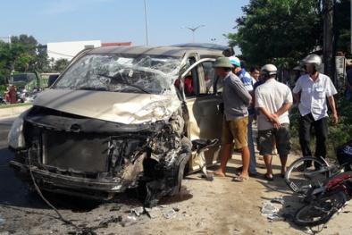 Tai nạn giao thông ở Quảng Nam: Xe du lịch bẹp dúm, 6 người bị thương nặng
