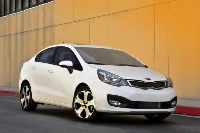 Muốn mua ô tô cũ tiết kiệm xăng, nhất định không thể bỏ qua những mẫu xe này