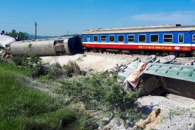 Tai nạn giao thông ngày 24/5: Tàu chở 400 khách lật trong đêm khiến 3 người tử vong