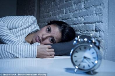Tế bào não sẽ tự 'ăn' chính mình gây mất trí nhớ nếu thức khuya nhiều