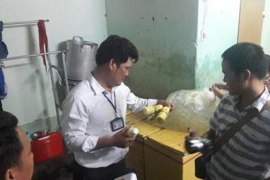 Phát hiện hàng trăm chai sữa bắp không đảm bảo vệ sinh sắp được bán ra thị trường ở Đà Nẵng