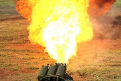 Nga tung vũ khí 'hỏa địa ngục' mới nhất khiến đối phương 'xoắn váy'