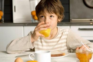 Hậu quả 'đáng sợ' được khoa học chứng minh nếu uống nước cam sai cách