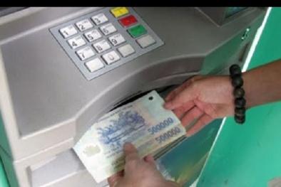 Ngân hàng phải chịu trách nhiệm thế nào nếu kẻ xấu 'hack' hệ thống khiến khách hàng mất tiền?