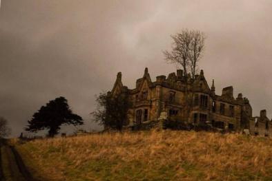 Bí ẩn ngôi nhà 'ma ám' khiến hàng loạt giúp việc đều bỏ chạy