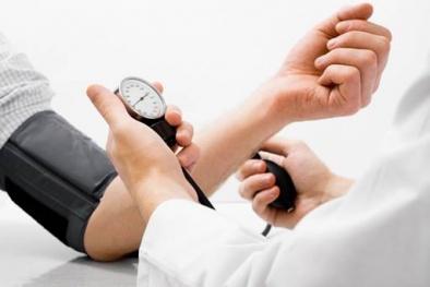 Huyết áp cao làm tăng nguy cơ tổn thương não