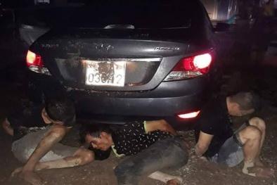 Đi ô tô vào nhầm nhà Trưởng Công an xã ăn trộm, nhóm đạo chích bị tóm gọn