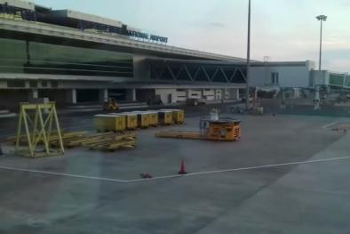 Bay Hà Nội - Cần Thơ nhưng hành khách lại được 'ghé' Phnom Penh vì thời tiết xấu