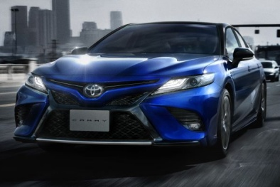 Toyota Camry Sport 'đẹp long lanh' trình làng, giá 775 triệu đồng