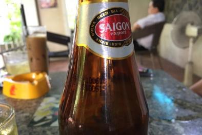 Vụ chai bia Sài Gòn bất thường: SABECO 'câu giờ', đối tượng bí ẩn đề nghị chấm dứt vụ việc