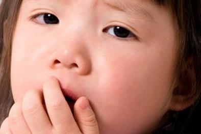 5 cách chữa ho hiệu quả cho bé vào mùa đông