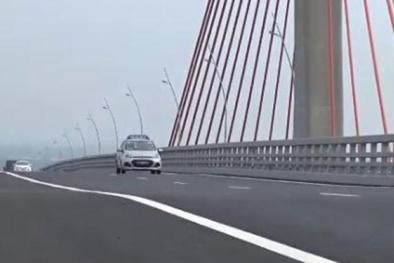 Vì sao cầu Bạch Đằng 7.000 tỷ vừa thông xe đã lún, võng?