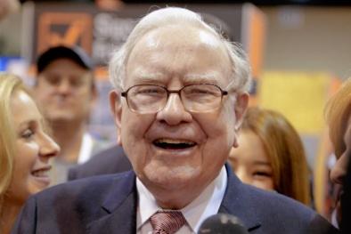 Nghịch lí Warren Buffett trong đầu tư chứng khoán: Lợi nhuận 20%/năm vẫn hơn lợi nhuận 200%/năm