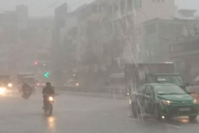 Mưa lớn trên diện rộng do ảnh hưởng của vùng áp thấp suy yếu từ bão số 9