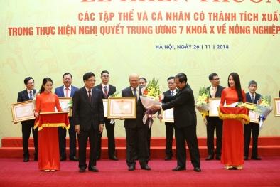 Vinamilk nhận bằng khen của Thủ tướng về phát triển tam nông bền vững