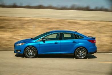 Ford 'xả hàng' 12.000 ô tô Focus cuối cùng ở Mỹ: Giảm 'sốc' chỉ còn 364 triệu đồng/chiếc