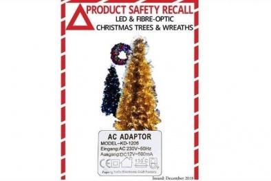 New Zealand: Thu hồi cây thông Noel giả do nguy cơ cháy nổ