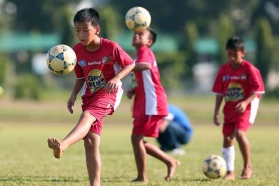 Ông Đoàn Nguyên Đức: Nên mở thêm nhiều học viện bóng đá