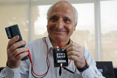 Với phát minh này, pin điện thoại bị chai vẫn có thể phục hồi tới 95%