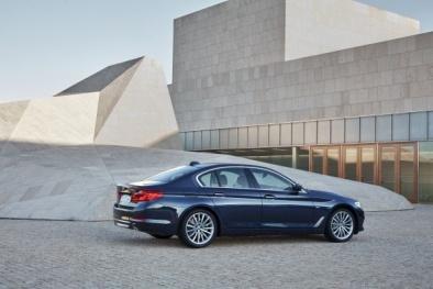 Hé lộ mức giá xe BMW 5-Series 2019 chuẩn bị ra mắt tại Việt Nam