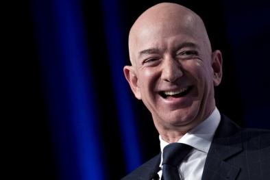 2 tỷ phú Jeff Bezos và Mark Zuckerberg: Người chiến thắng và kẻ thua cuộc lớn nhất năm 2018