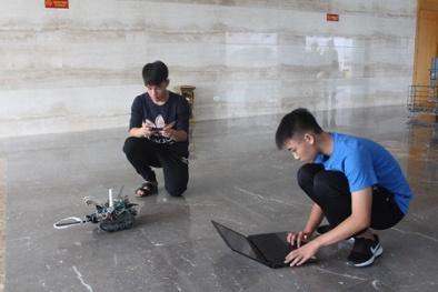 Bất ngờ với công nghệ ẩn chứa trong robot định vị, dò mìn do học sinh Quảng Ninh chế tạo