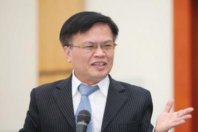 TS Nguyễn Đình Cung: 'Thủ tục hành chính nửa điện tử, nửa giấy tờ chỉ để vòi tiền doanh nghiệp'