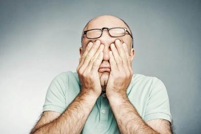 Các triệu chứng báo động sức khỏe mà chúng ta bỏ qua quá dễ dàng