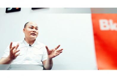 Bị 'ném đá' khi ra mắt Bphone 1, CEO Quảng 'nổ' rơi vào trầm cảm nặng